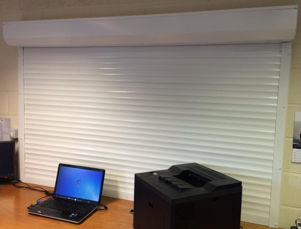 Roller shutter window - internal